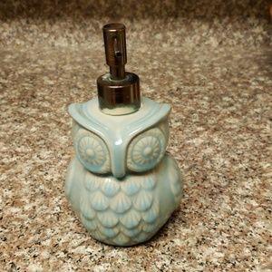 Other - Owl soap dispenser